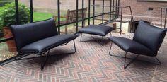 Sofa EARL 2-seters fra JESS DESIGN, vi har den utstilt i vår butikk VERKET INTERIØR på Bærums Verk ( oslo)