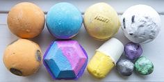 How to Make Bath Bombs with Cream of Tartar #DIY #beauty  #crafts