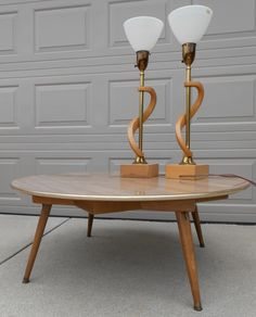 Super Cool Dual Height Mid Century Modern Cocktail/card Table. Patent 1943  Design.