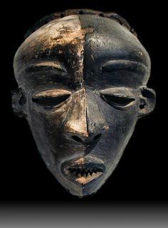 "Pendu mbangu mask Wood, pigment 9"" tall x 7"" wide READ article"