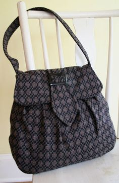 Victory Bag – IJ875 sewing pattern from IndygoJunction.com
