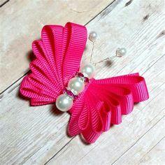 Ribbon Hair Bows, Diy Hair Bows, Bow Hair Clips, Ribbon Sculpture, Butterfly Hair, Boutique Hair Bows, Making Hair Bows, Ribbon Crafts, Girls Hair Accessories