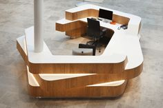 The Charter Building Reception Desk - Benchmark School Reception, Lobby Reception, Hotel Reception Desk, Reception Counter Design, Modern Reception Desk, Layered Architecture, Info Desk, Service Counter, Lounge Design