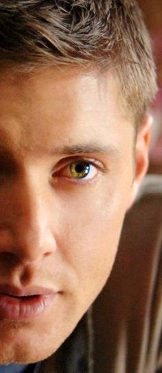 Jensen Ackles. Are his eyes really that perfect shade of green or is this Photoshop witchery? #unfair #swoon