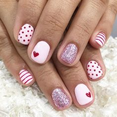 Valentine's Day Nail Designs, Simple Nail Designs, Acrylic Nail Designs, Nails Design, Acrylic Nails, Coffin Nails, Heart Nail Designs, Pedicure Designs, Stiletto Nails