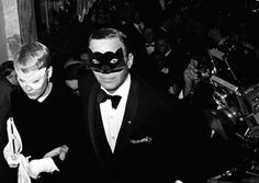 The award-winning Scottish photojournalist Harry Benson is this year's Lifetime Achievement honoree! #InfinityAwards  Frank Sinatra and Mia Farrow, Capote's Black and White Ball, New York, 1966