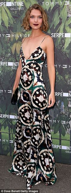 Sienna Miller joins Kate Moss, Georgia May Jagger and Naomi Campbell at star-studded Serpentine Summer Party | Daily Mail Online