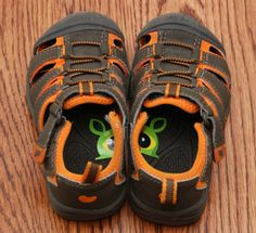 Left Foot, Right Foot - 22 Inventive Hacks That Every Parent Should Know
