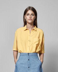 geel hemd @ Paleis