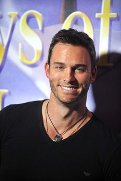 Eric Martsolf - 100 Hottest Soap Opera Stars - Photos Soap Opera Stars, Soap Stars, Good Poses, Sexy Men, Hot Men, Days Of Our Lives, Anniversary Parties, Hot Guys, Handsome