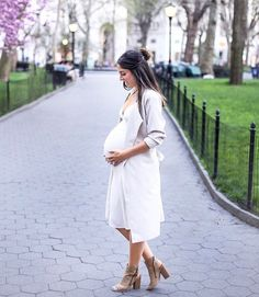 """500 Likes, 4 Comments - The Fashion Bump (@thefashionbump) on Instagram: """"Outfit of the day by @currentlykristen 💕📷"""""""