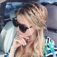 Barefoot Blonde-braided half-up