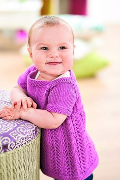 Girl's knitted pinafore dress free knitting pattern Knitting For Kids, Baby Knitting Patterns, Baby Patterns, Free Knitting, Knitting Ideas, Dress Patterns, Girls Pinafore Dress, Knit Baby Dress, Baby Sweaters