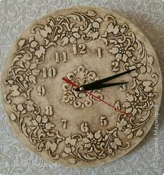 Lotus Painting, Clock Painting, Sculpture Painting, Pottery Painting, Painting On Wood, Giant Wall Clock, Pottery Techniques, Diy Clock, Wood Clocks