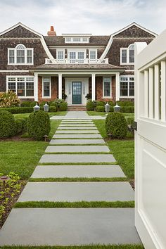 Edmund Hollander Landscape Architects ~ Summer Cottage