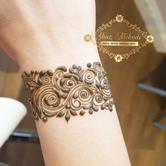 New tattoo wrist lace henna designs ideas Henna Art Designs, Mehndi Designs For Beginners, Modern Mehndi Designs, Mehndi Design Pictures, Mehndi Designs For Fingers, Beautiful Henna Designs, Latest Mehndi Designs, Mehandi Designs, Mehndi Images