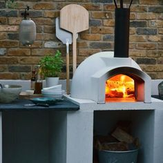 Primo 60 Ideal Homes Mag - The Stone Bake Oven Company Brick Oven Outdoor, Outdoor Kitchen Patio, Pizza Oven Outdoor, Outdoor Kitchen Design, Outdoor Kitchens, Barbecue Four A Pizza, Barbecue Area, Barbacoa Jardin, Parrilla Exterior