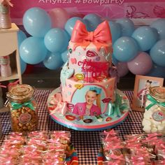 Serunyaa BOW PARTY with our dessert table package. 9th Birthday Parties, Birthday Table, 11th Birthday, Anniversary Parties, Girl Birthday, Birthday Ideas, Jojo Siwa Birthday Cake, Party Time, Dessert Table