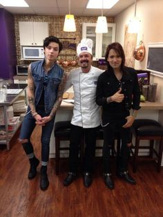 """ Amazing morning with @AshleyPurdy @AndyBVB and @ChocolatierGary #BVB "" - @PurdysChocolate"