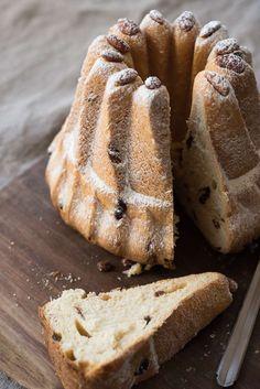 Naturally Leavened Brioche-Style Kugelhopf | King Arthur Baking Baking Flour, Bread Baking, Pavlova, Cupcakes, Cupcake Cakes, Kugelhopf Recipe, Cheesecakes, Cake Recipes, Dessert Recipes