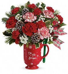 Warm Holiday Wishes Bouquet in Metro New Orleans LA, Villere's Florist http://www.villeresflorist.com/metairie-florist/christmas-flowers-3389c.asp?topnav=TopNav #Christmas #NewOrleans