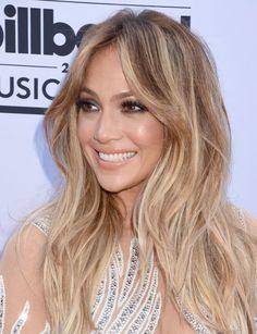 Toner For Blonde Hair, Blonde Hair With Highlights, Brown Blonde Hair, Jennifer Lopez Hair Color, Jennifer Lopez Makeup, Medium Hair Styles, Long Hair Styles, Long Hair Cuts, Balayage Hair