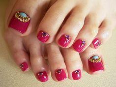 Moroccan toenails
