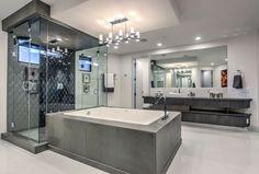 Contemporary master bathroom ideas modern bathrooms with dark tile contempora . modern master bathroom design with gray ideas Luxury Bathtub, Luxury Master Bathrooms, Luxury Shower, Bathroom Design Luxury, Dream Bathrooms, Modern Luxury Bathroom, White Bathrooms, Master Bathroom Shower, Modern Master Bathroom