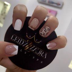 "3,206 Me gusta, 7 comentarios - Leidy Laura Nails Spa 💜 (@leidylauranailsspa) en Instagram: ""💜 SEDE NORTE 📲 3046442703 💜 CIUDAD JARDÍN📲 3008447615 ☎️3480558 💜 CAPRI 📲 3012618263 ☎️ 4059181"" Nail Spa, Biscuit, Capri, Instagram, Natural, Pretty Nails, Enamel, Ear Rings, Pedicures"