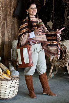 Moda Popular, Estilo Cowgirl, Looks Country, Rio Grande Do Sul, Folk Fashion, People Of The World, Equestrian Style, Drawing People, Fashion History