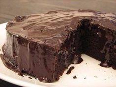 Prăjitură super umedă de ciocolată (de post). Gustul ei este pur și simplu extraordinar! - Retete-Usoare.eu