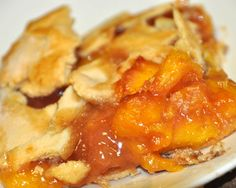 Rustic Peach Tart - GOODEness Gracious: THE BEST Peach filling recipe. Perfect for tarts and pies.