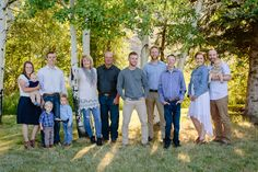 Family photos by Tiana Simpson Photography. What to wear for family photo ideas. Family Engagement, Wedding Engagement, Star Valley Wyoming, Jackson Hole Wyoming, Travel Album, Family Posing, Tiana, Family Pictures, Family Photographer