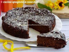 Torta con avocado, cocco e cioccolato: un dolce umido senza glutine (adatto ai celiachi), senza burro nè olio. Una ricetta davvero speciale!