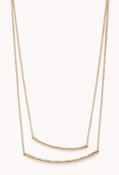 Forever 21 Minimal Layered Necklace worn by April Carver on Chasing Life. Shop it: http://www.pradux.com/forever-21-minimal-layered-necklace-32550?q=s66