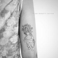 Mulher com cabelo floral da querida Eliza ... adorei fazer esse projeto 💗🌹 #claribenattitattoo #benarttistudio #fineline