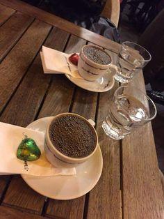 coffee Coffee And Books, Coffee Love, Coffee Shop, Chocolates, Coffee World, Food Gallery, Coffee Photography, Fiber Foods, Turkish Coffee