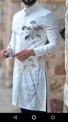 Handcrafted detail, embroidery and beading. Indian Men Fashion, Mens Fashion Wear, Suit Fashion, Kurta Men, Mens Sherwani, Wedding Dresses Men Indian, Wedding Dress Men, Designer Kurtis, Traditional Indian Mens Clothing