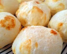 Pão de Queijo Fit com Tapioca Donuts, Dessert Recipes, Desserts, Food Truck, Street Food, Food And Drink, Healthy Eating, Healthy Recipes, Cheese