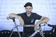 Festka had some beautiful custom-made pieces at Eurobike Rid, Cycling, History, Reading, Mens Tops, Beautiful, Historia, Biking, Word Reading