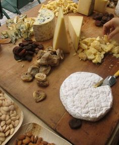 Cheese for a Crowd, from the Kitchn. Really like the display-- no cubes!