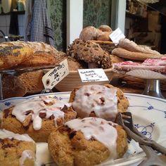 Det glutenfri bageatelier Croissant Brioche, Grocery Store, No Bake Cake, Denmark, Yum Yum, Diabetes, Latte, Nom Nom, Sweet Tooth