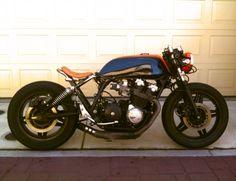 Honda CB 900F Bobber