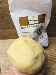Pâte brisée sans gluten ni lactose For all your preparations, a delicious shortcrust pastry recipe without gluten or lactose Gluten Free Menu, Gluten Free Banana, Gluten Free Muffins, Gluten Free Desserts, Vegan Gluten Free, Dairy Free, Sin Gluten, Sans Gluten Ni Lactose, Lactose Free Diet