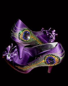 Deep purple peacock pumps