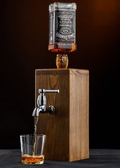 Whisky dispenser/Alcohol dispenser/Liquor dispenser/Gift for men/Birthday gift/Mens Gift/Gifts for him/Anniversary gifts/Wood/HandmadeA handmade Dispenser for a Whiskey Dispenser, Alcohol Dispenser, Wood Wall Wine Rack, Whisky Spender, Handmade Gifts For Him, Diy Pallet Wall, Wood Anniversary Gift, Scrap Metal Art, Wood Gifts