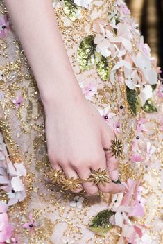 Georges Hobeika at Couture Fall 2016 (Details)