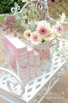 Image de flowers, pink, and book