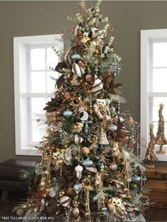 Rustic Christmas Tree Decor - Gold and Brown