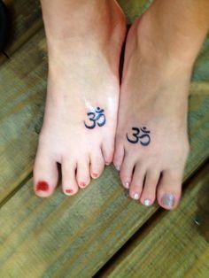 Namaste Foot Tattoo namaste tattoo love the foot placement body art . Small Foot Tattoos, Small Sister Tattoos, Small Tattoos With Meaning, Tattoos For Women Small, Ohm Tattoo, Om Symbol Tattoo, Namaste Tattoo, Lotus Tattoo, Unique Tattoos